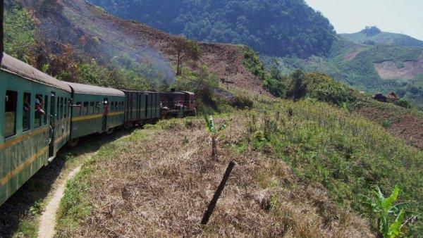 déplacement en train à Madagascar